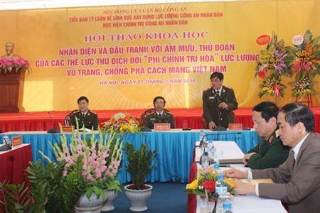 """Nhan dien va dau tranh voi am muu, thu doan doi """"phi chinh tri hoa"""" luc luong vu trang - Anh 1"""