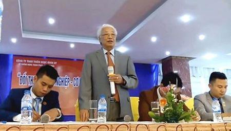 Nguyen Thong doc NHNN Cao Sy Kiem tham gia nhieu su kien kinh doanh da cap - Anh 1
