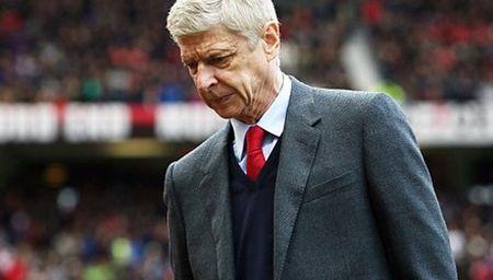Arsenal cat giam chi tieu, HLV Wenger het duong song - Anh 1