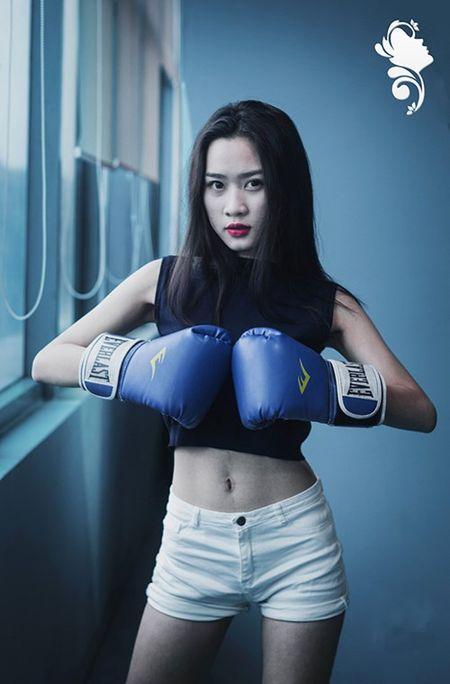 Nu sinh Bao chi cang day suc song voi trang phuc the thao - Anh 9