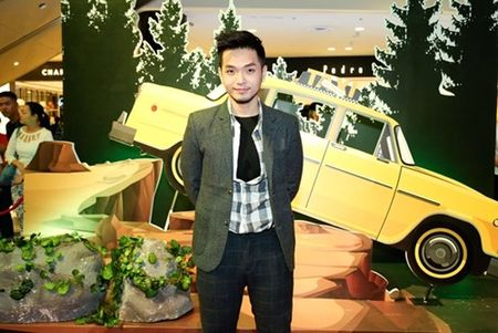 "Truong Giang - Nha Phuong tay trong tay ra mat phim ""Taxi, em ten gi?"" - Anh 6"