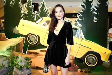 "Truong Giang - Nha Phuong tay trong tay ra mat phim ""Taxi, em ten gi?"" - Anh 7"