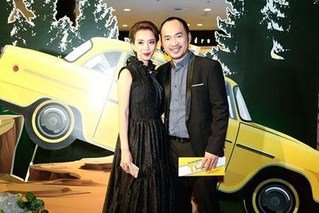 "Truong Giang - Nha Phuong tay trong tay ra mat phim ""Taxi, em ten gi?"" - Anh 8"