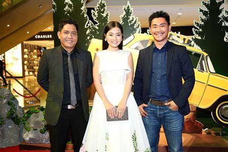 "Truong Giang - Nha Phuong tay trong tay ra mat phim ""Taxi, em ten gi?"" - Anh 9"