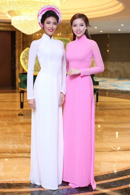 Hoa hau Ky Duyen 'do sac' ben dan chi Lan Khue - Anh 4