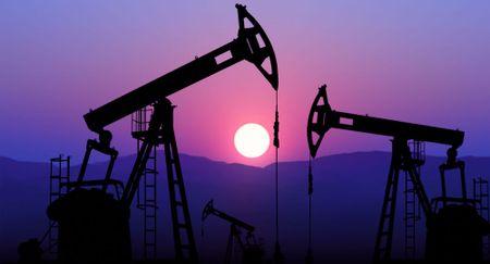 San luong dau cua OPEC da giam manh nhat trong lich su - Anh 1