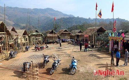 Pu Nha Thau: Hua hen mot le hoi hap dan o mien Tay xu Nghe - Anh 1