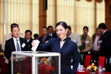 Ly Nha Ky nhan chuc Pho chu tich Lien doan xe dap - mo to Viet Nam khoa VI - Anh 10