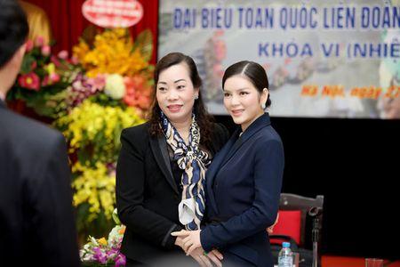 Ly Nha Ky nhan chuc Pho chu tich Lien doan xe dap - mo to Viet Nam khoa VI - Anh 11