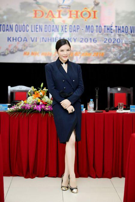 Ly Nha Ky nhan chuc Pho chu tich Lien doan xe dap - mo to Viet Nam khoa VI - Anh 2