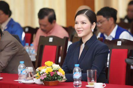 Ly Nha Ky nhan chuc Pho chu tich Lien doan xe dap - mo to Viet Nam khoa VI - Anh 8