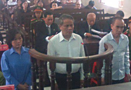 Xet xu vu an Cty mia duong Tay Ninh: Toa khong chap nhan de nghi cua luat su! - Anh 1