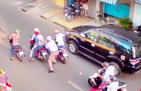 Giai phap dac biet cua Tuong Phan Anh Minh - Anh 1