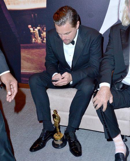 Leonardo DiCaprio tiec tung mung chien thang Oscar - Anh 3