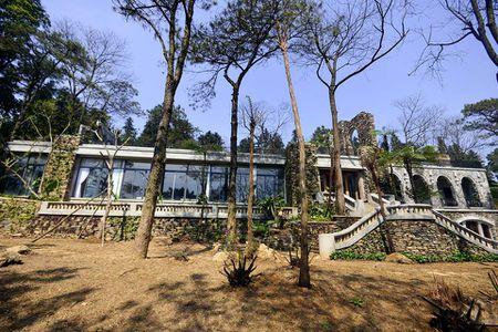 Ne nang nen cho xay dung resort khong phep o Ba Vi - Anh 1