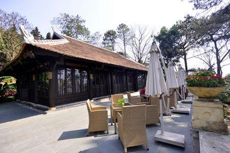 Ne nang nen cho xay dung resort khong phep o Ba Vi - Anh 2