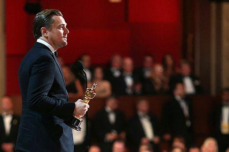 Phat ngon la cua Leonardo sau 1 dem gianh Oscar - Anh 2