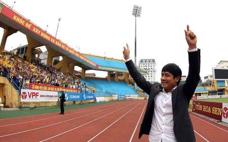 DTVN cho cai duyen cua HLV Huu Thang - Anh 1