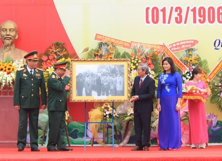 Ky niem 110 nam ngay sinh co Thu tuong Pham Van Dong - Anh 3