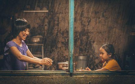 """Hoai Linh - Tran Thanh hoi ngo trong bo phim hai, cam xuc """"Nang"""" - Anh 1"""
