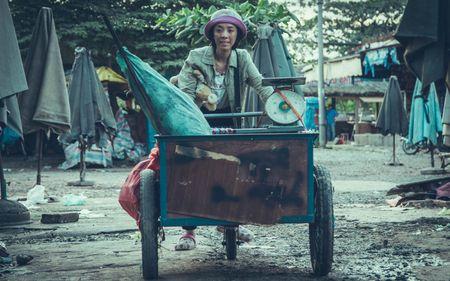 """Hoai Linh - Tran Thanh hoi ngo trong bo phim hai, cam xuc """"Nang"""" - Anh 2"""