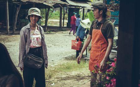 """Hoai Linh - Tran Thanh hoi ngo trong bo phim hai, cam xuc """"Nang"""" - Anh 9"""