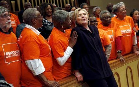 Cu tri da mau quyet dinh thang loi cua ba Clinton o South Carolina - Anh 3
