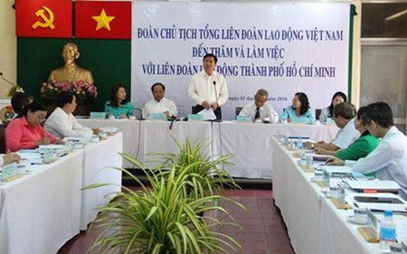 Bi thu Dinh La Thang: Cong doan can de phong chu doanh nghiep bo tron - Anh 2