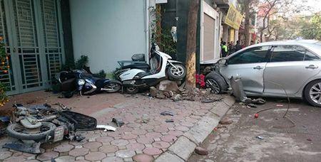 Pho Thu tuong chi dao xu ly vu xe Camry tong chet 3 nguoi o Ha Noi - Anh 1