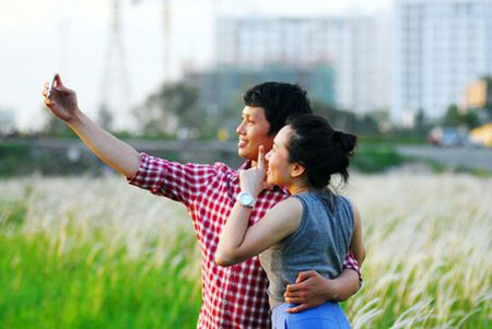 Canh dong co lau dep nhu tranh giua Sai Gon - Anh 14