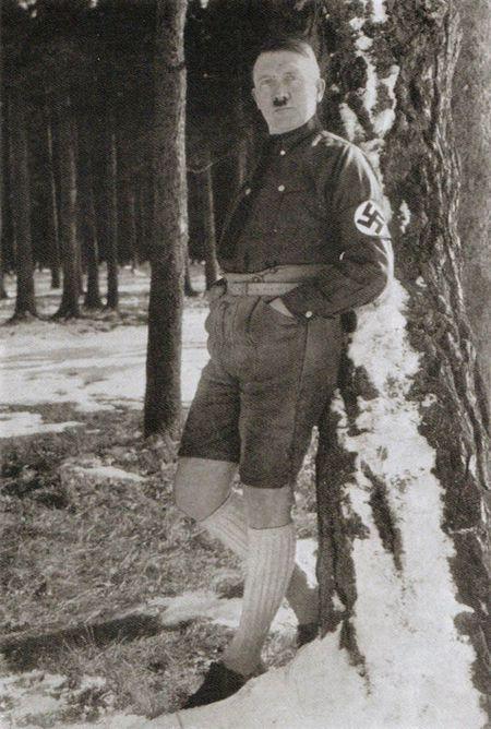 Duc: Ban dau gia quan va tat cua trum phat xit Hitler - Anh 3