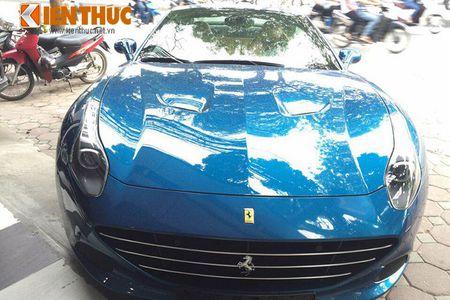 Chi tiet sieu xe Ferrari California T hon 15 ty tai Ha Noi - Anh 1