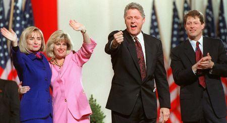 15 buc anh an tuong ve ba Hillary Clinton - Anh 4