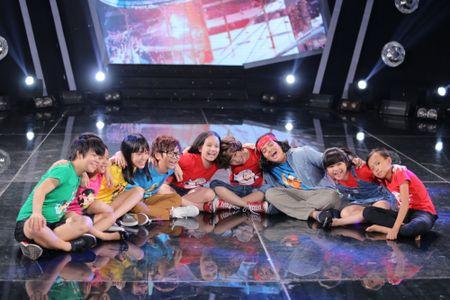 Truc tiep liveshow 2 Vietnam Idol Kids 2016: Toc Tien bi bat nat - Anh 10