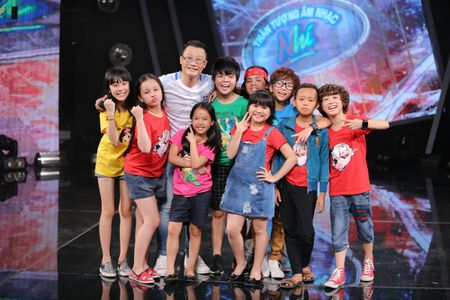 Truc tiep liveshow 2 Vietnam Idol Kids 2016: Toc Tien bi bat nat - Anh 9