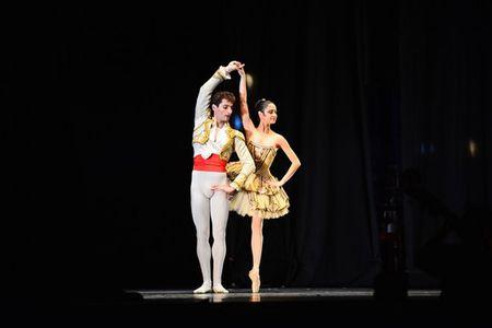 """Don tim"" boi nhung doi chan thien than Ballet nuoc Phap - Anh 1"