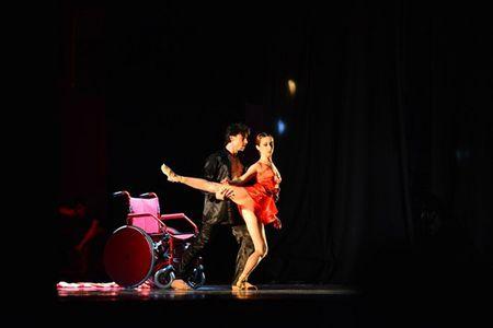 """Don tim"" boi nhung doi chan thien than Ballet nuoc Phap - Anh 2"