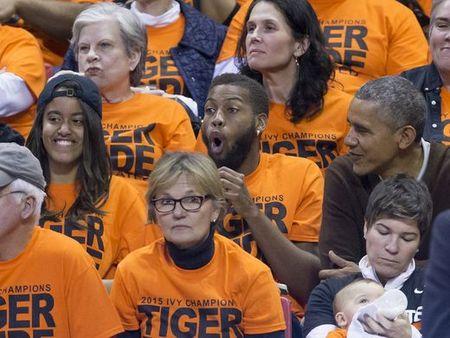 "Tong thong Obama "" Toi se deo kinh den. Toi se khoc mat"" - Anh 3"