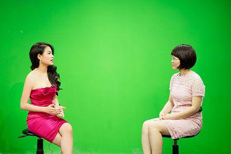 Hoang Thuy Linh goi cam, mot ngay chay show 4 su kien - Anh 6