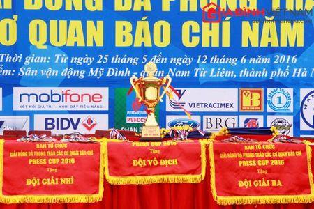 VTV - ANTD: Doi bong nao se gianh ngoi vo dich Press Cup 2016? - Anh 1
