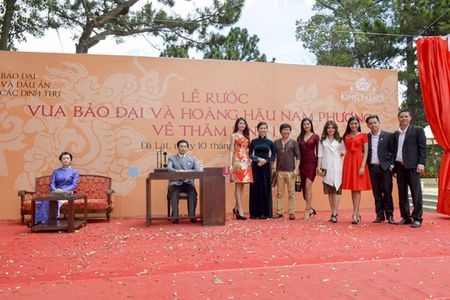 Quynh Chau, Nguyen Thi Loan du le ruoc tuong vua Bao Dai va hoang hau Nam Phuong - Anh 1