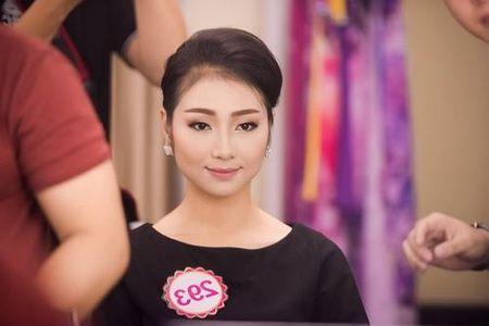 30 thi sinh phia Nam lam dep truoc dem chung khao - Anh 5