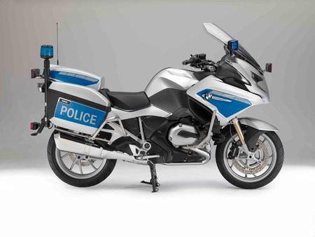 BMW Motorrad ra mat loat xe moto cho canh sat moi - Anh 1