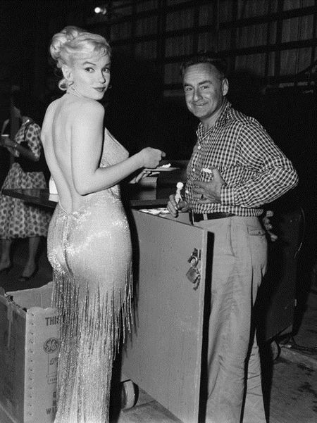 Nhung buc anh de doi cua 'bieu tuong sex' Marilyn Monroe - Anh 3