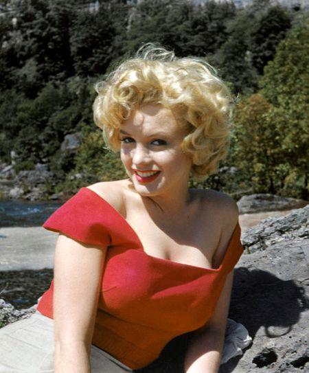 Nhung buc anh de doi cua 'bieu tuong sex' Marilyn Monroe - Anh 5