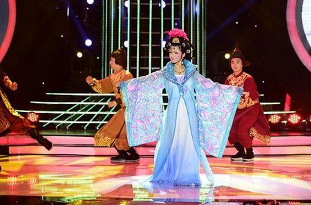 My Linh het loi khen giong hat cao vut cua Hoa Minzy - Anh 1