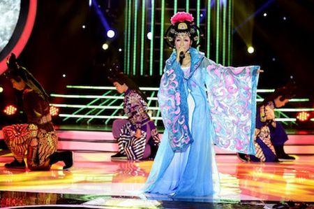 My Linh het loi khen giong hat cao vut cua Hoa Minzy - Anh 2