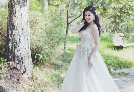 Miss Teen Xuan Mai ket hon voi ban trai dai gia vao thang 6 - Anh 1