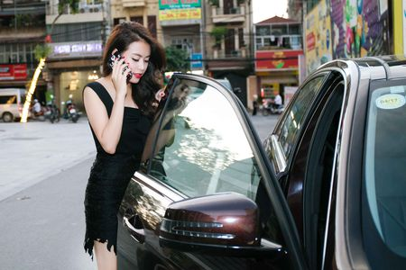 Hoang Thuy Linh mac goi cam chay show Euro o Ha Noi - Anh 5