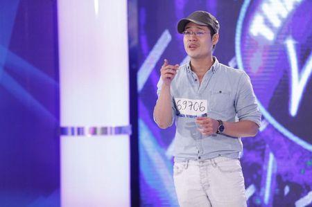 Bac si 'tang dong' tro lai Vietnam Idol - Anh 1